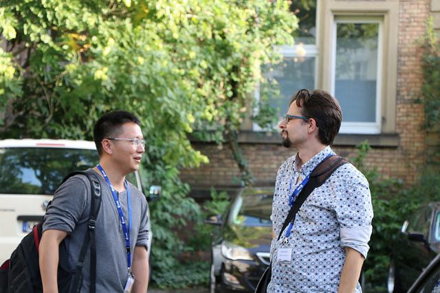 Conversations abound. Photo Credit: Jonathan Kang CC BY-NC-SA 2.0